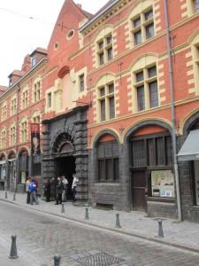 Entrée de l'Hospice Comtesse rue de la Monnaie